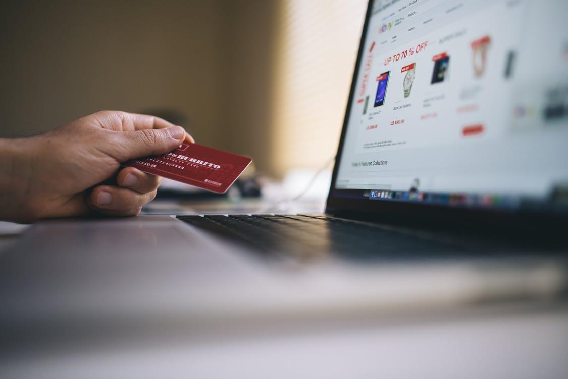 63f0ab1dcc3 К 2021 году все онлайн-магазины должны будут принимать карты ...