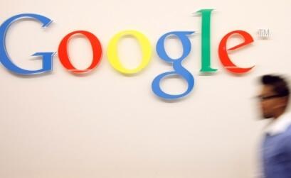 Google тестирует показ отзывов в сниппетах локальной выдачи