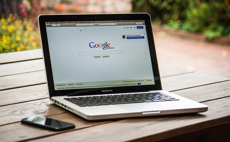 Google подозревают в несоблюдении закона орекламе