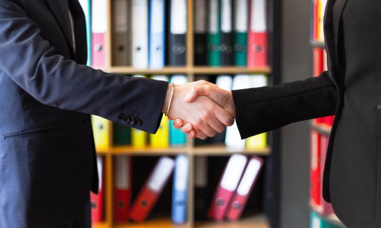 Компания Streamwood ведет переговоры о продаже