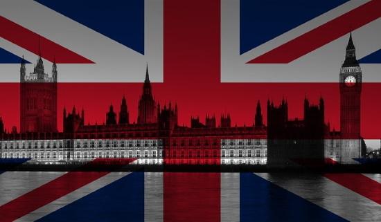 Великобритания введет дополнительный налог для Google, Facebook и Apple