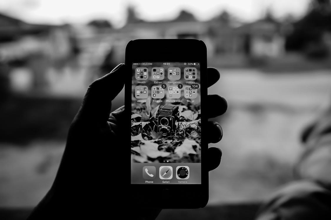 ФАС предлагает сделать предустановку российских приложений на смартфоны обязательной