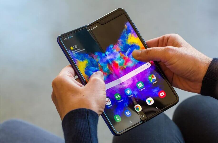 Samsung представила смартфон с гибким складывающимся экраном Galaxy Fold