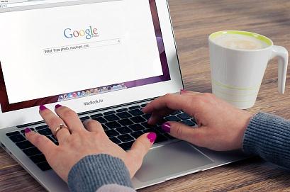 На органический поиск приходится 53% трафика сайтов. Исследование